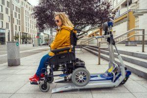 Schodolez pre elektrický vozík - nastupovanie